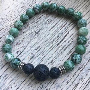 Essential oil aromatherapy stretch bracelet